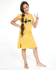 Dívčí noční košilka Cornette Cats 2 494/90
